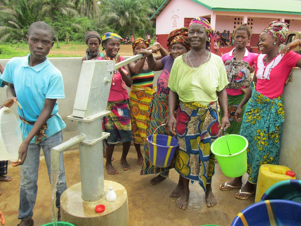 The Water Project : sierraleone5070-105-safe-drinking-water