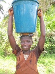 The Water Project : sierraleone5070-66-pumping-safe-water