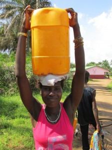 The Water Project : sierraleone5070-73-pumping-safe-water
