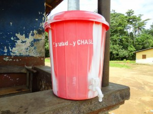 The Water Project : sierra-leone5066-07-handwashing-station