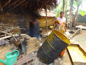 The Water Project : sierra-leone5066-21-kitchen-area-making-palm-oil