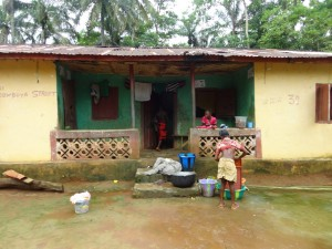 The Water Project : sierra-leone5074-11-house