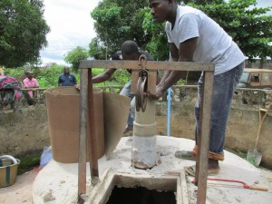 The Water Project : sierraleone5061-72