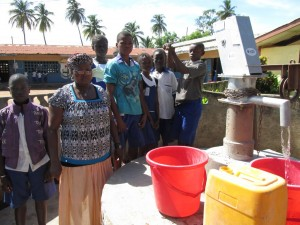 The Water Project : sierraleone5061-85