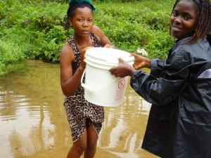 The Water Project : sierraleone5065-03-alt-water-source