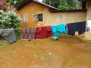 The Water Project : sierraleone5065-06-clothes