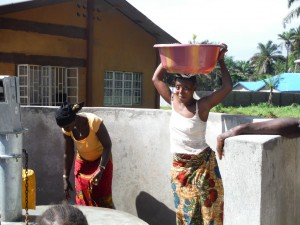 The Water Project : sierraleone5065-100-dedication-and-celebration