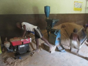 The Water Project : sierraleone5065-23-working-in-the-agricultural-center