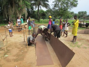 The Water Project : sierraleone5065-49-construction