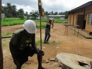 The Water Project : sierraleone5065-73-construction