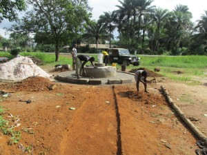 The Water Project : sierraleone5065-80-construction