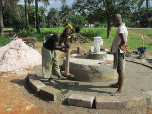 The Water Project : sierraleone5065-85-construction