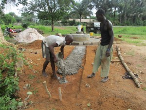 The Water Project : sierraleone5065-87-construction
