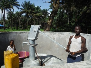 The Water Project : sierraleone5065-97-dedication-and-celebration