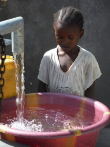The Water Project : sierraleone5065-98-dedication-and-celebration