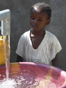 The Water Project : sierraleone5065-99-dedication-and-celebration