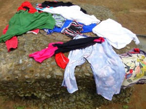 The Water Project : sierraleone5071-01-cloths-drying-on-ground
