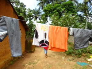 The Water Project : sierraleone5071-02-cloths-drying