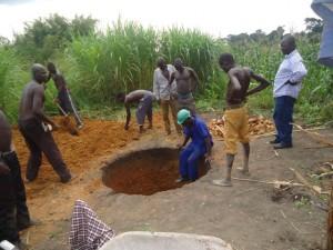 The Water Project : uganda684-06-waiga-excavation