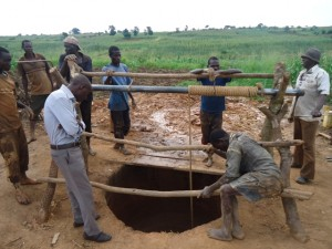 The Water Project : uganda685-09-opok-excavation