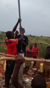 The Water Project : uganda685-17-opok-pump-installation