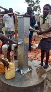 The Water Project : uganda685-18-opok-clean-water