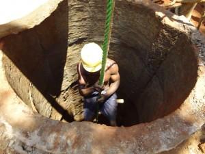 The Water Project : sierraleone5066-28-rehabilitation-work