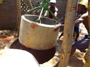The Water Project : sierraleone5066-42-rehabilitation-work