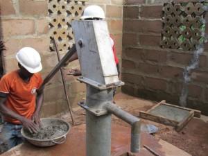 The Water Project : sierraleone5066-52-rehabilitation-work