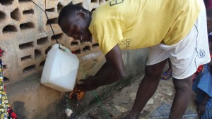 The Water Project : sierraleone5066-65-tippy-tap