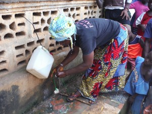The Water Project : sierraleone5066-66-tippy-tap