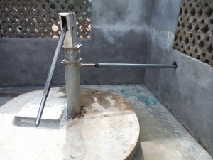 The Water Project : sierraleone5066-67-finished-well