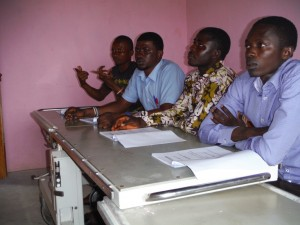 The Water Project : sierraleone5070-122-training