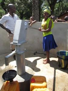 The Water Project : sierraleone5071-87