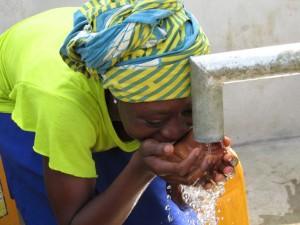 The Water Project : sierraleone5071-88