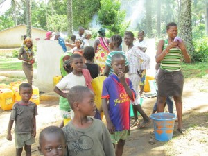 The Water Project : sierraleone5071-91