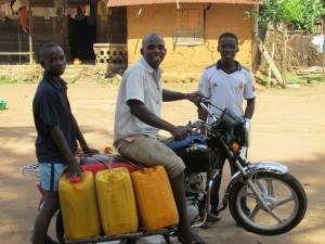 The Water Project : sierraleone5071-95