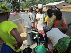 The Water Project : sierraleone5071-99