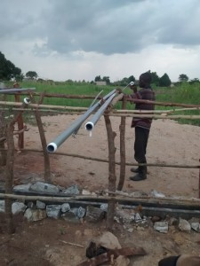 The Water Project : uganda688-08-pump-installation