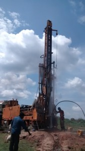 The Water Project : uganda695-04-drilling