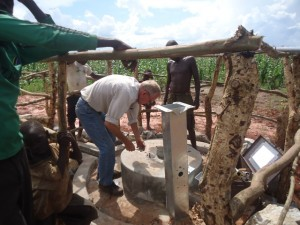 The Water Project : uganda6061-14-pump-installation
