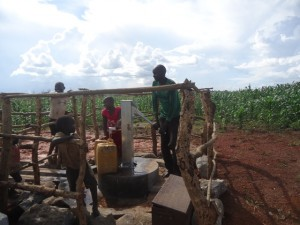 The Water Project : uganda6061-21-clean-water
