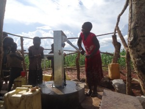 The Water Project : uganda6061-26-clean-water