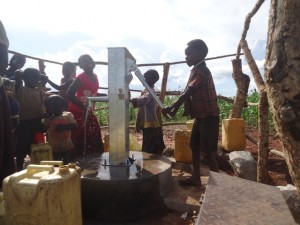 The Water Project : uganda6061-27-clean-water