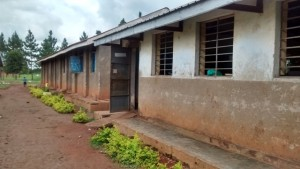 The Water Project : uganda696-03-school-building