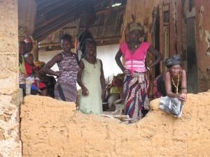 The Water Project : kenya5072-44-onlookers