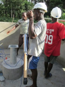 The Water Project : sierraleone5074-14-pump