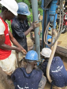 The Water Project : sierraleone5076-37-drilling