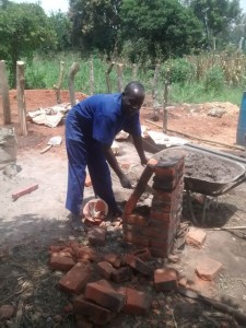 The Water Project : uganda698-05-construction
