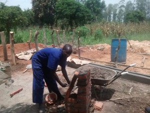 The Water Project : uganda698-06-construction